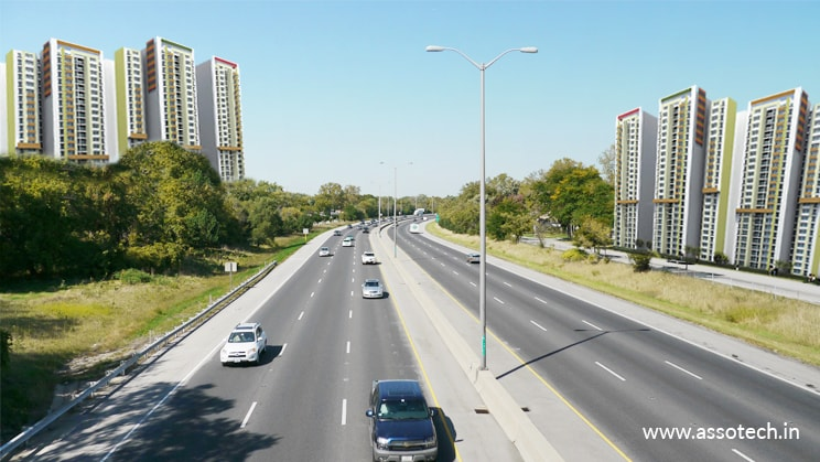 Why is Should You Choose Noida Expressway for Your Commercial Projects?